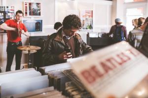 records-store-vinyl-online